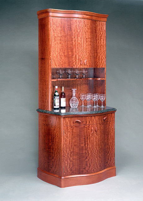 Ordinaire Liquor Cabinet